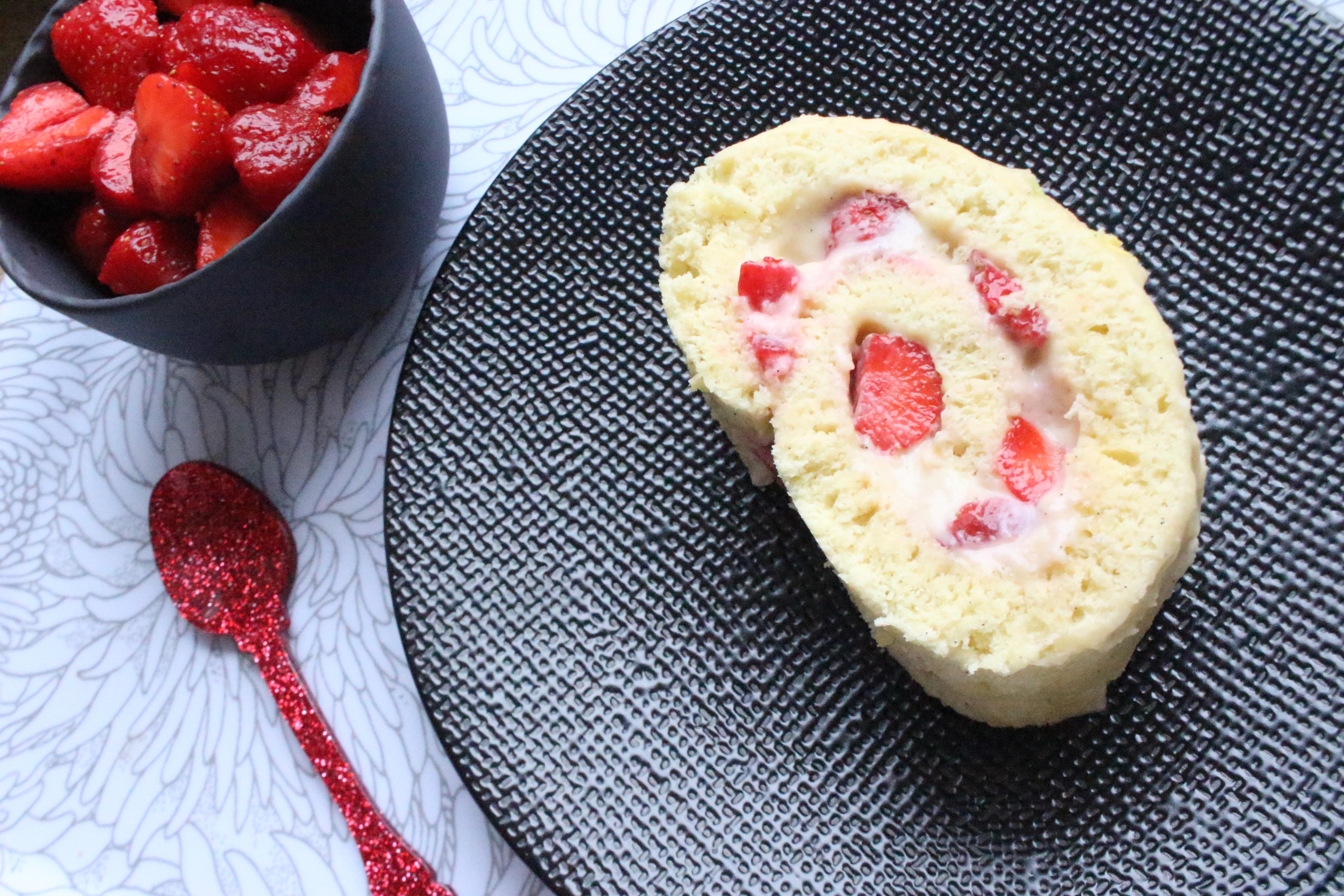 Gateau rouléaux fraises, crème pâtissière